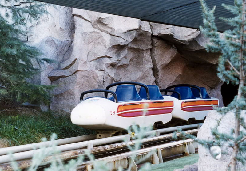 Matterhorn bobsleds opened at disneyland june 14 1959 for Classic house tracks 2000